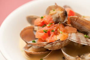 Steamed Clams with Wine